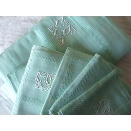 Nappe ancienne  monogramme FP + 6 serviettes