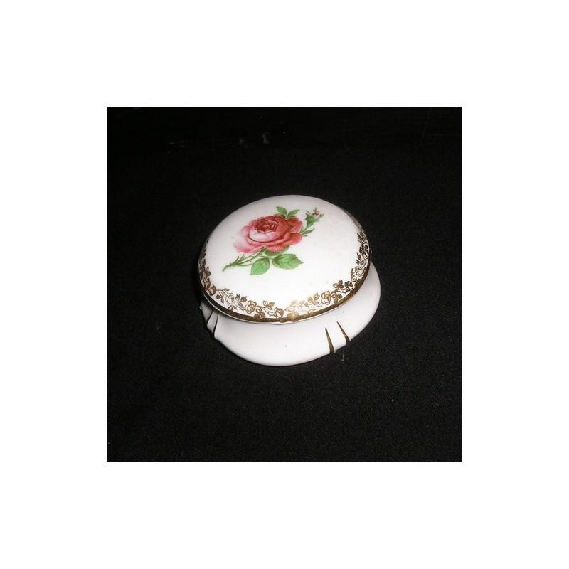 boite bijoux ancienne porcelaine de limoges broc23. Black Bedroom Furniture Sets. Home Design Ideas
