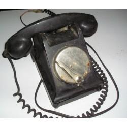 Téléphone ancien en bakélite noir, vintage déco