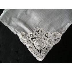 Mouchoir de mariée en linon batiste XIXème