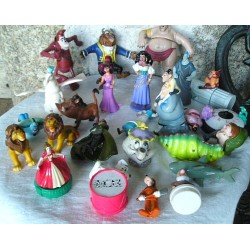 27 Figurines  Disney