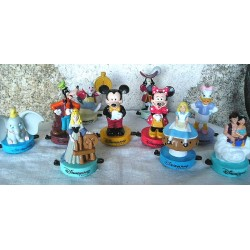 10 Figurines de  Disneyland