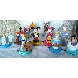10 Figurines de  Disneyland