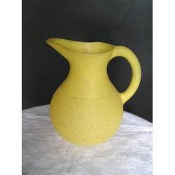 Pot à eau en plastique vintage