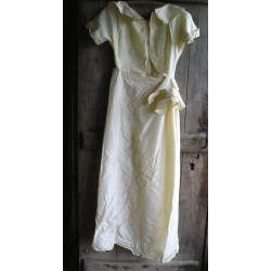Robe ancienne de mariée à terminer