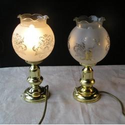 2 Lampes en cuivre et globe