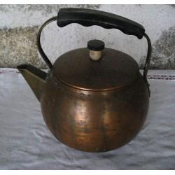 Bouilloire ancienne en cuivre