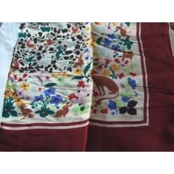 Foulard ancien, vintage, fleurs et animaux