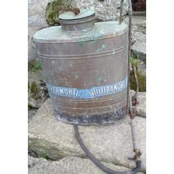 Pulvérisateur ancien en cuivre Vermorel à Villafranche