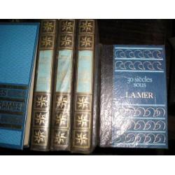 """4 Livres """"Sous les mers..."""""""