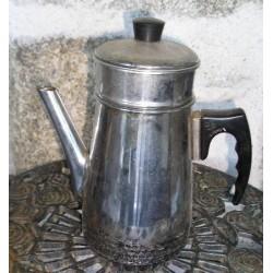 Cafetière métal chromé, complète