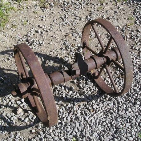 Train de roues anciennes
