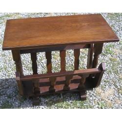 porte revue en bois avec tablette broc23. Black Bedroom Furniture Sets. Home Design Ideas