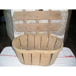 Cageot ancien, caisse à couvercle , 52x35x24