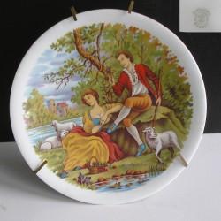 """Assiette décorative  Limoges  Motif """"Couple"""""""