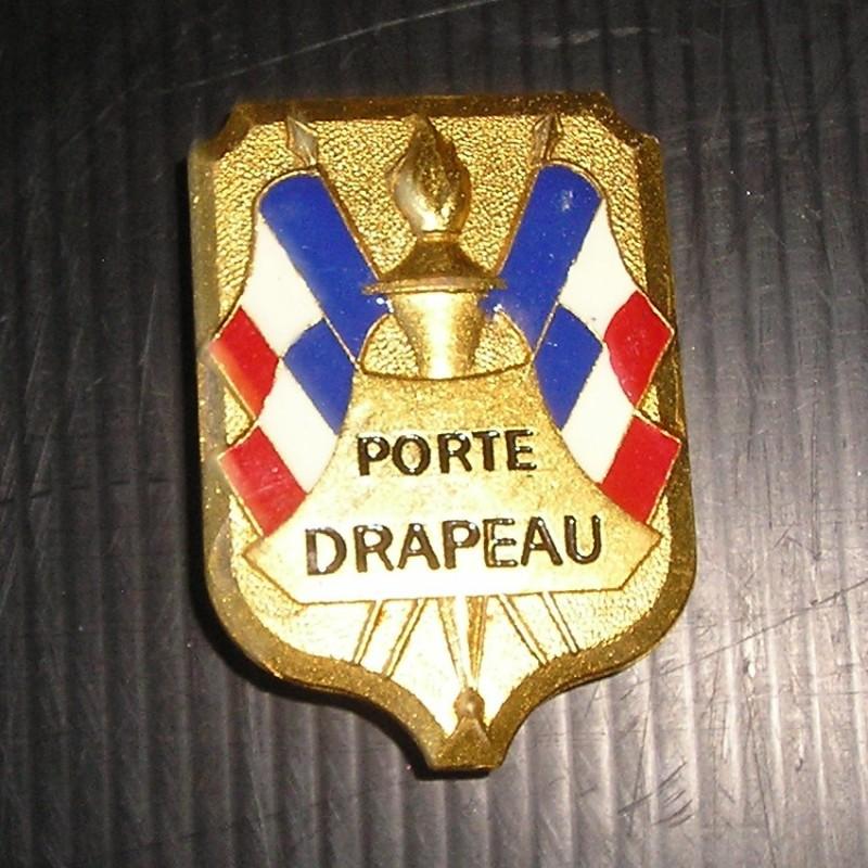 M daille broche porte drapeau broc23 for Porte drapeaux