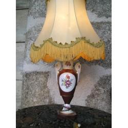 Lampe à poser, décor fleuri romantique
