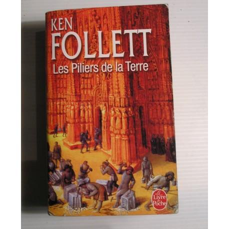 Livre LES PILIERS DE LA TERRE K.Follett