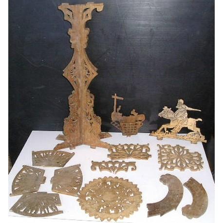 Lot de dentelles de bois