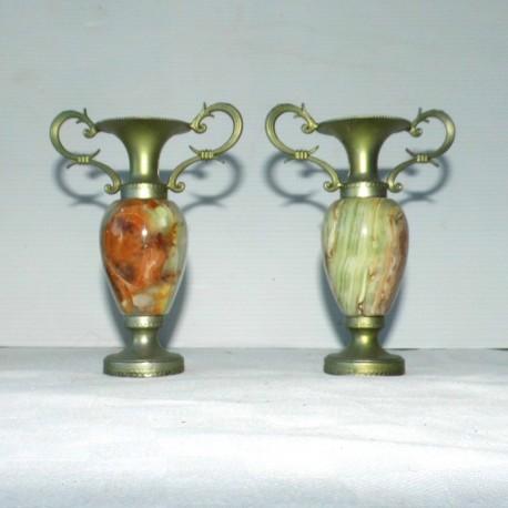 2 petits vases laiton et albâtre 10cm