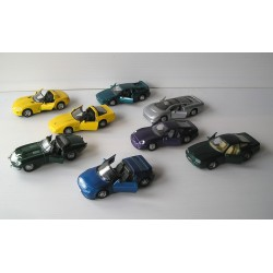 LOT de 8  Voitures miniatures MAISTO SCALE Jaquar Lotus Aston Martin