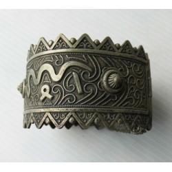 Bijou ancien ethnique, bracelet manchette