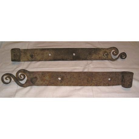 2 Pentures anciennes, forgées 50cm