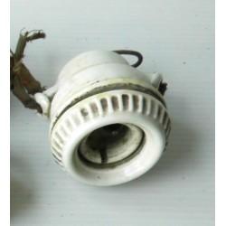 Douille à suspendre en porcelaine-mat. électrique ancien,  8cm