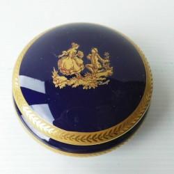 Boite à bijoux, porcelaine de Limoges DM