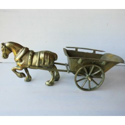 Cheval de traie et carriole, sculpture en cuivre-laiton 46cm