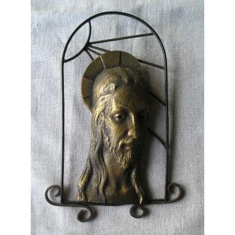 Christ en laiton sur  fer forgé