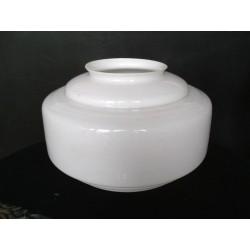 Luminaire ancien, globe blanc - vintage