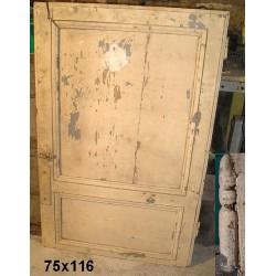 Porte ancienne de placard