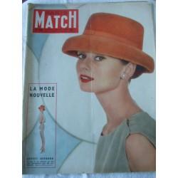 Paris Match -Audrey Hepburn- 3 mars 1956