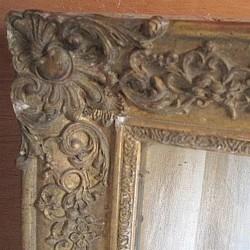 Miroir ancien bois et platre doré