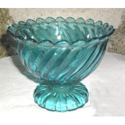 Coupe ancienne en verre bullé, bleue