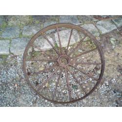 Roue ancienne de matériel agricole-63cm