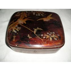 Boite chinoise, coffret à bijoux ancien