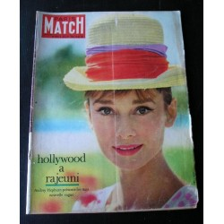 Paris-Match-Audrey Hepburn-1961