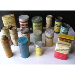 Lot de 18 boites à pharmacie anciennes
