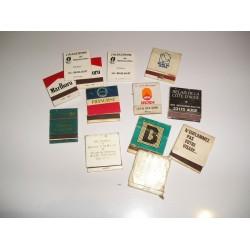 Lot de 13 pochettes d'allumettes publicitaires
